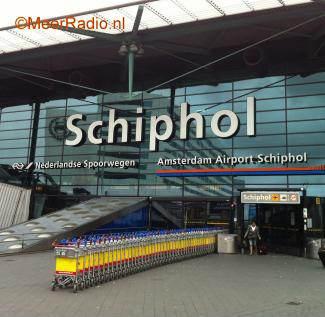 Schiphol Gaat Mobiel Netwerk Verbeteren Rick Fm
